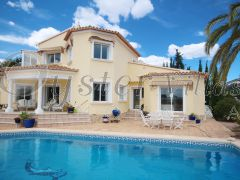 Luxury Modern Family Villa for sale in Moraira